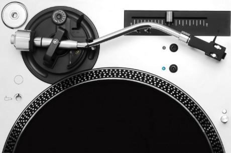 Music-Record-Dj-Setup-Vinyl-485x728